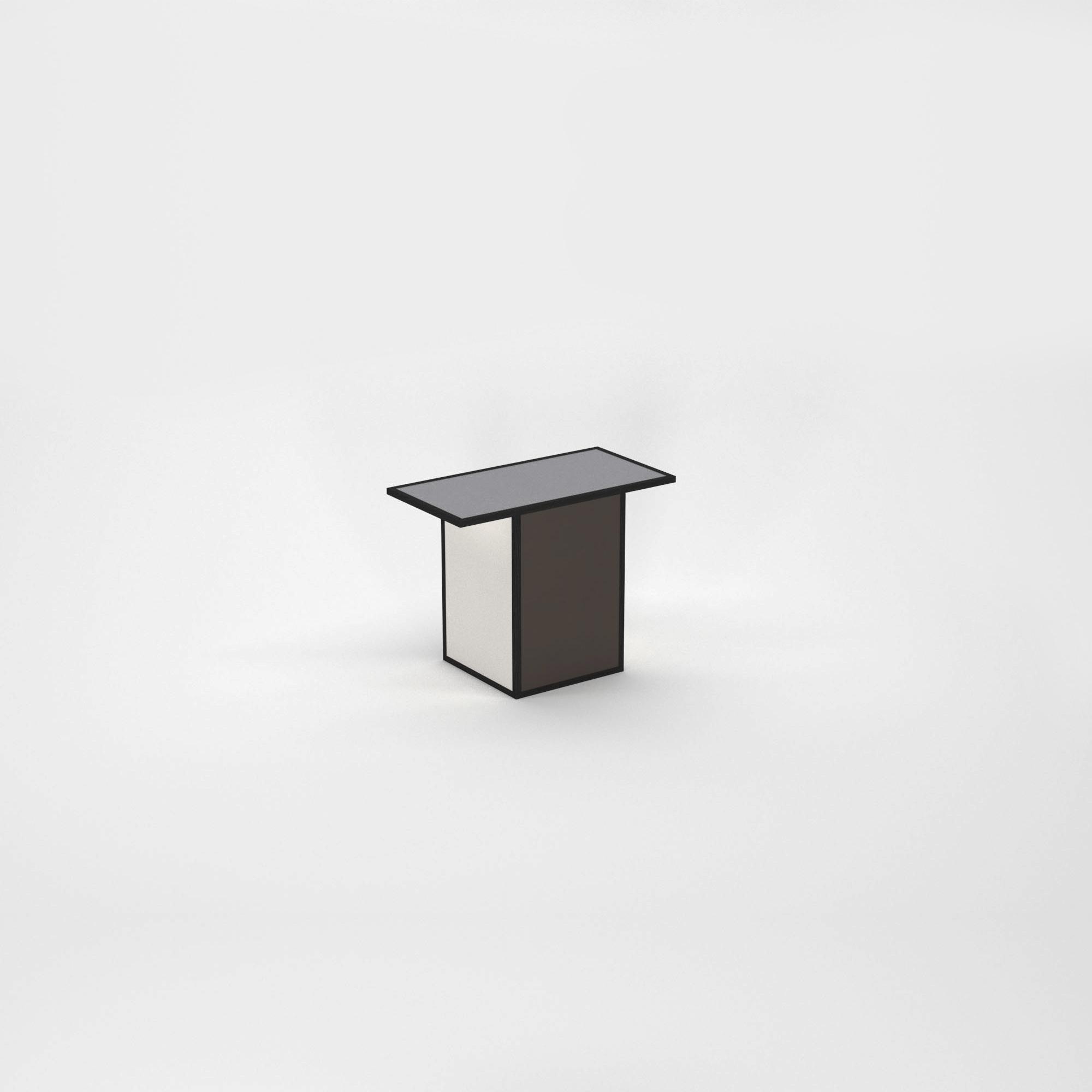O1 – Coffee table copy